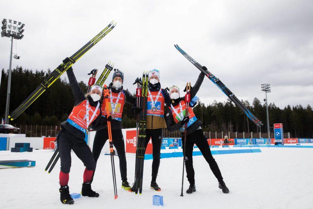 Mixed Staffel Norwegens gewinnt in Nove Mesto © Manzoni/IBU.